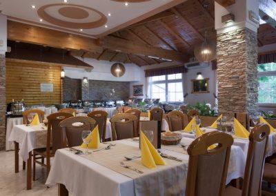 mirjana rastoke restaurant and bar table settings